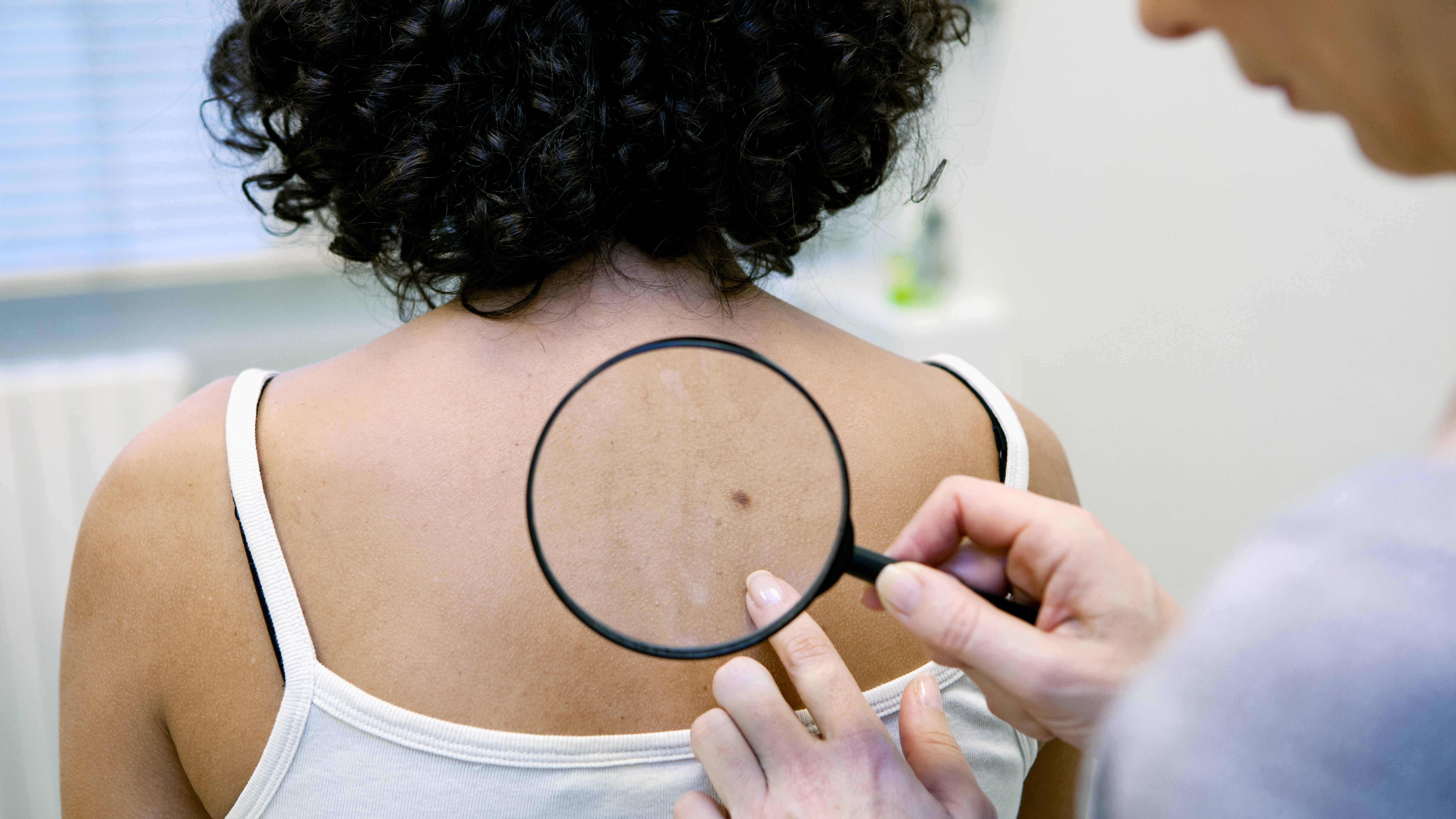 breast cancer linked to skin cancer