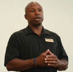 Darryl Glenn Speaking Photo, resize @125%