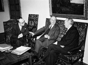 Discussions between Jean Monnet, Konrad Adenauer and Walter Hallstein about the Treaty establishing the ECSC. Photo credit: www.cvce.eu