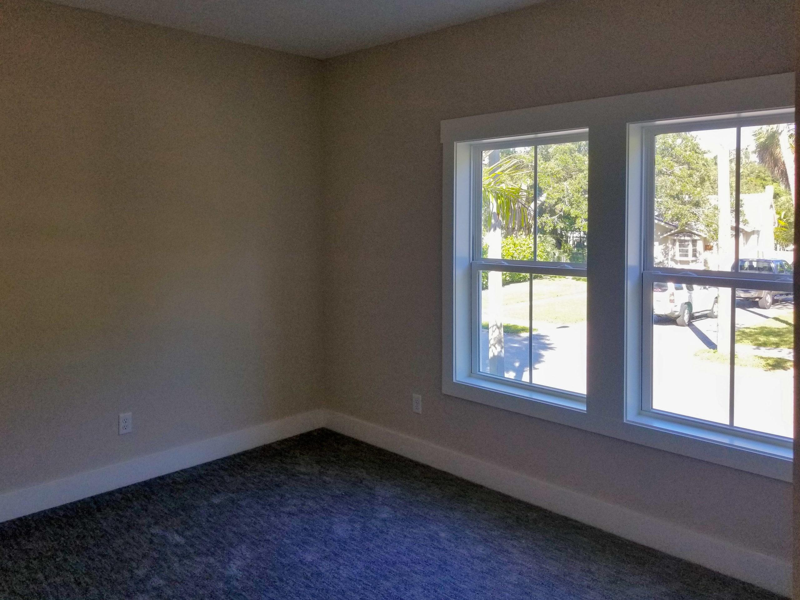sapelo modular home bedroom window