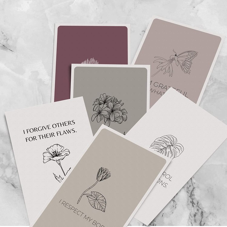 Affirmation Cards for Women by Dessie