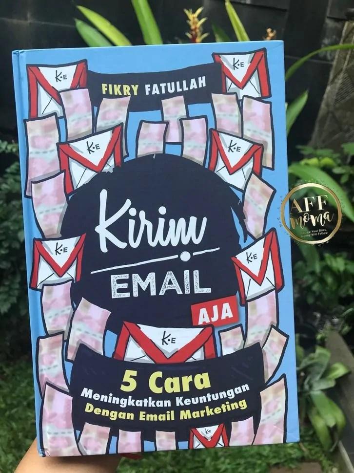 Review Buku Kirim Email Aja by Fikry Fatullah
