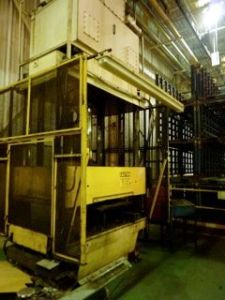 200 Ton 4 Post Hydraulic Press