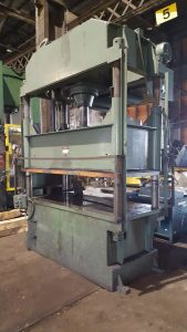100 Ton Dake 4-Post Down-Acting Hydraulic Press For Sale