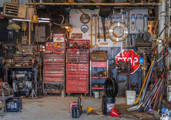Why Rent a Dumpster to Clean Out Your Garage