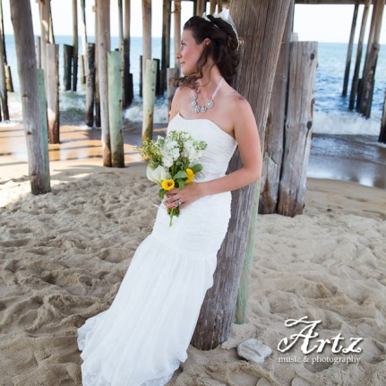 Outer Banks Wedding - 2014 OBX Bride (photo by Matt Artz for affordableOBXweddings.com)_0015