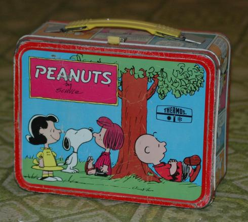 My exact lunchbox.  Well, not MY exact one...but exactly the one I had!  I bought it on Ebay a few years back.