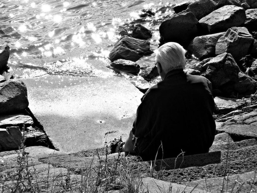 old_man_sitting_at_the_water_by_tanny_tb-d5ysi5h