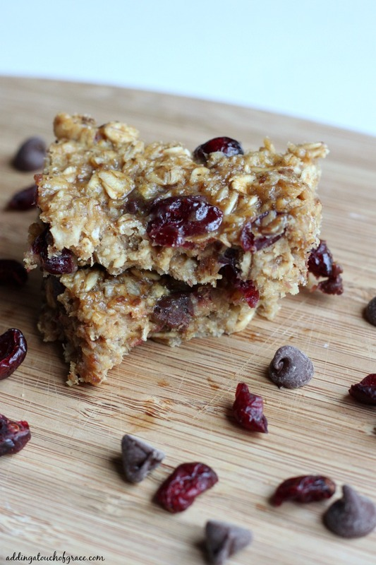 These homemade protein bars are better than any packaged protein bar, have simple ingredients and are easy to make too!  I dare you to eat just one.