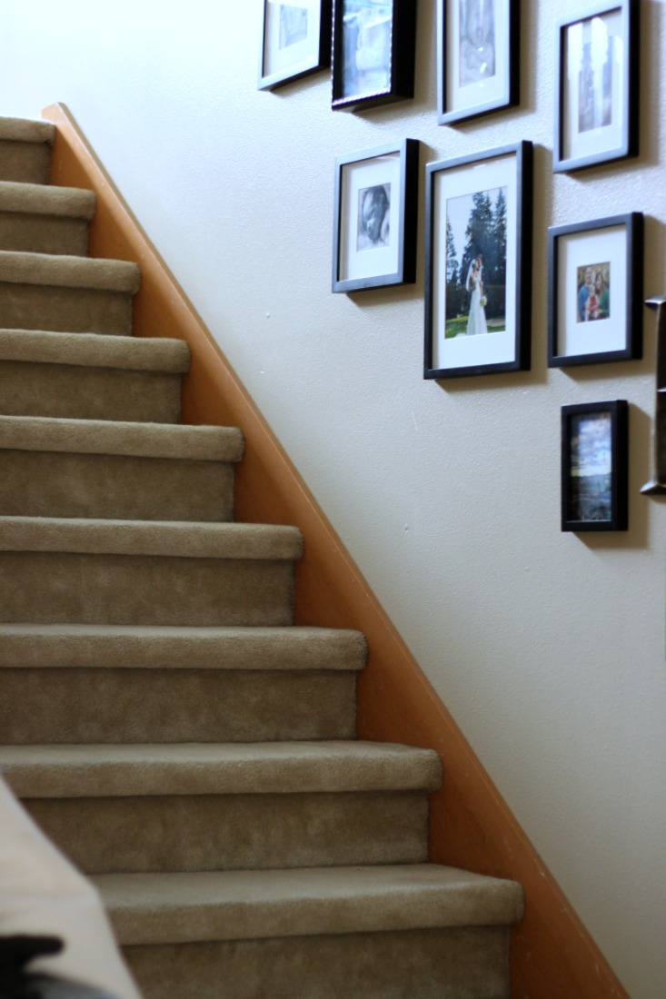 home-reno-stairs-before