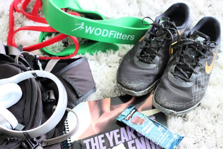 I never used to carry a bag to the gym. But it's become a necessity for me over the last few months. Here's what I carry with me to the gym. #fitness #health #healthylifestyle #healthandfitness