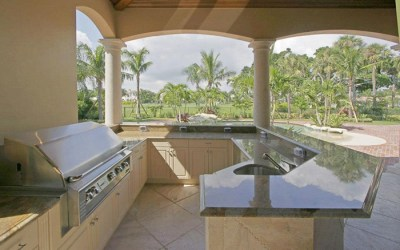 New Outdoor Kitchen / Remodeling