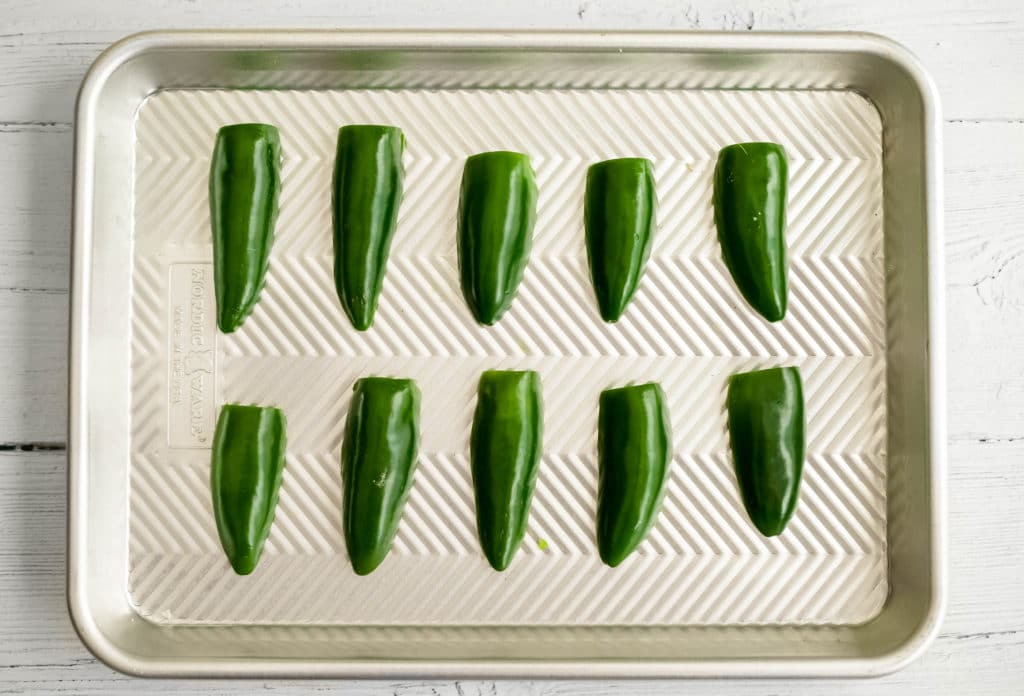 how to make roasted jalapeños :: a step-by-step guide to roasting jalapeño peppers | a flavor journal food blog