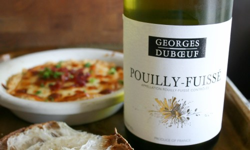 amazing French wines from Vouvray, Chinon, Beaujolais, and Pouilly-Fuisse, paired with cheeses and salts from France are PERFECT for completing your summer picnic plans!   french food, wine, and summer love.