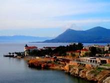 Vieille cité thermale de l'île d'Èvia
