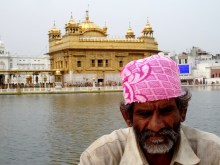 Inde - Temple et dévots