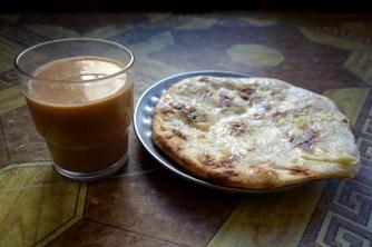 Nepali tea & naan