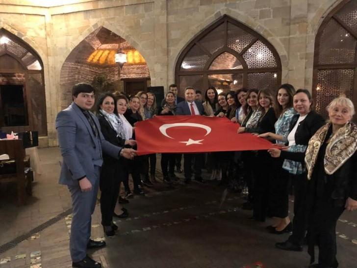 Qənirə Paşayeva Türkiyənin fəal iş qadınları ilə görüşüb-