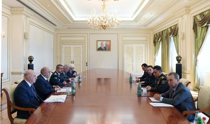 Prezident hüquq-mühafizə orqanları rəhbərlərini topladı-