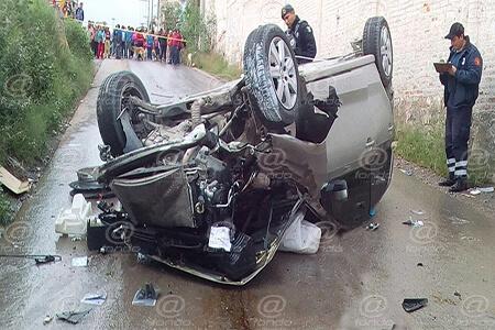 Al parecer el auto se quedó sin frenos.