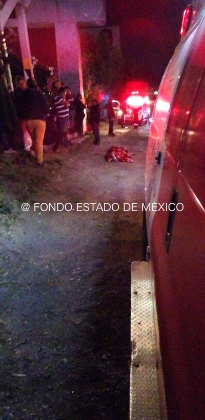 FEMINICIDIO #35: Dejan cuerpo de una mujer desnuda en avenida de Tlalnepantla