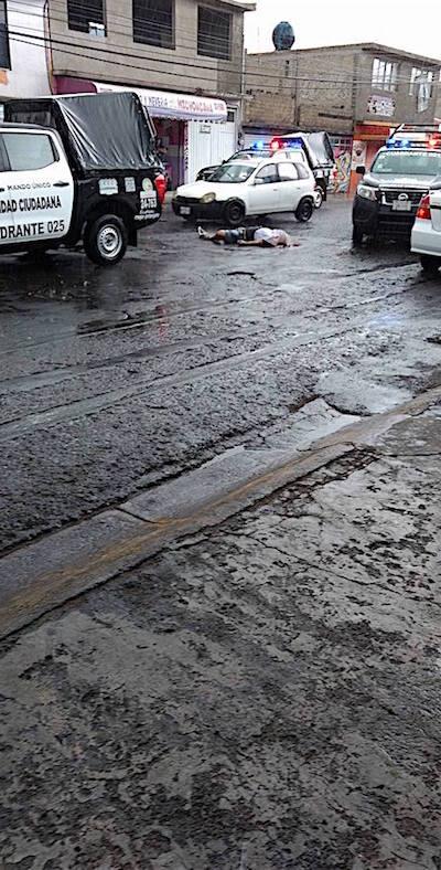 Fue un 'vengador anónimo' el que mató a un asaltante e hirió a otro en Ecatepec