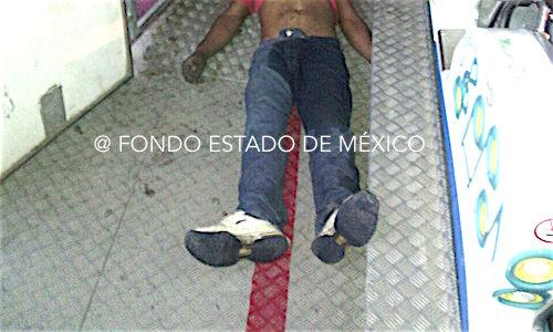 Hombre muere al caer de un juego mecánico en la feria de Tultepec