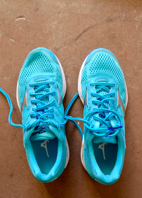 c75a4ae7e872 Mizuno Wave Rider 20 Women's Running Shoes Review