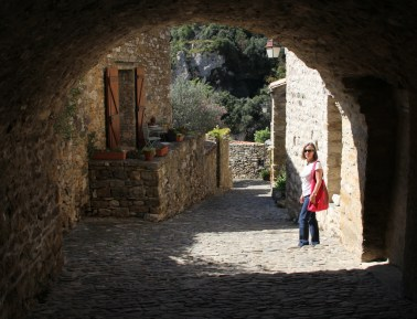 The cobbled streets of Minerve