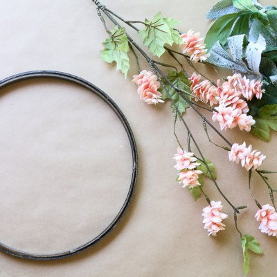 HOW TO MAKE A SIMPLE EMBROIDERY HOOP WREATH