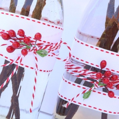 HANDMADE HOLIDAYS: VANILLA EXTRACT RECIPE