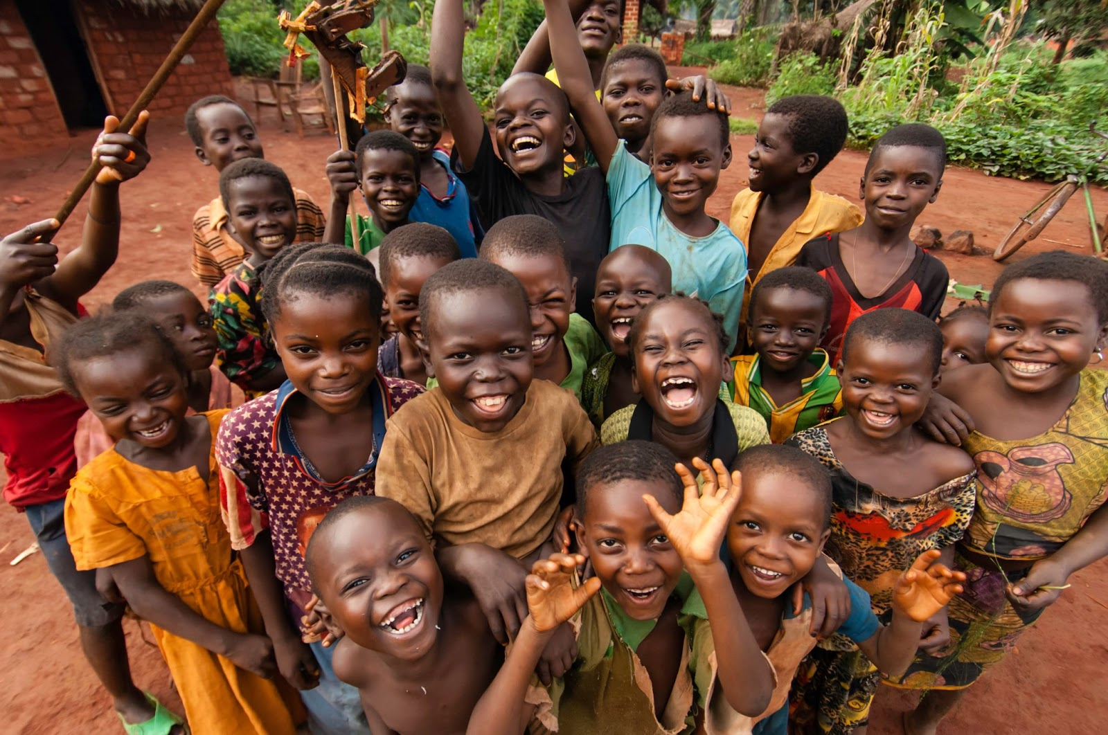 https://i1.wp.com/africa-facts.org/wp-content/uploads/2015/01/african-kids.jpg