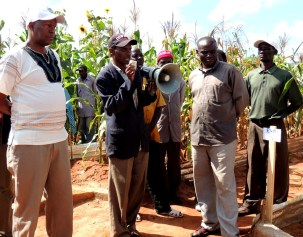 Addressing the farmers