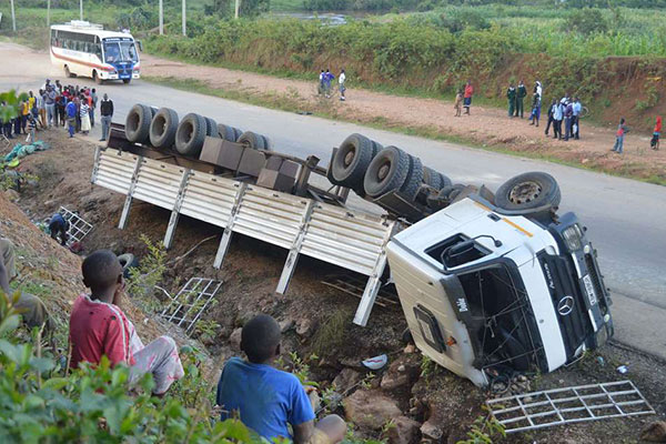 At Least 12 Ethiopian Migrants Die In Mozambique Road Accident Cgtn Africa