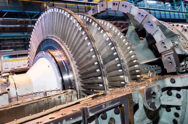 """PSP31318-10,  9E 3-series Gas Turbine, Compressor, IGV in casing - fully open, People, Belfort, France, Europe, DI-3200x4900, PRA"""