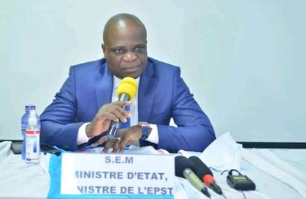 RDC-EPST: La démission du ministre Willy Bakonga exigée par les enseignants pour «incompétence»