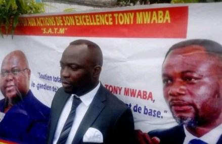Gratuité de l'enseignement en RDC : A haute voix, Jean Tshisekedi apporte son soutien à Tony Mwaba