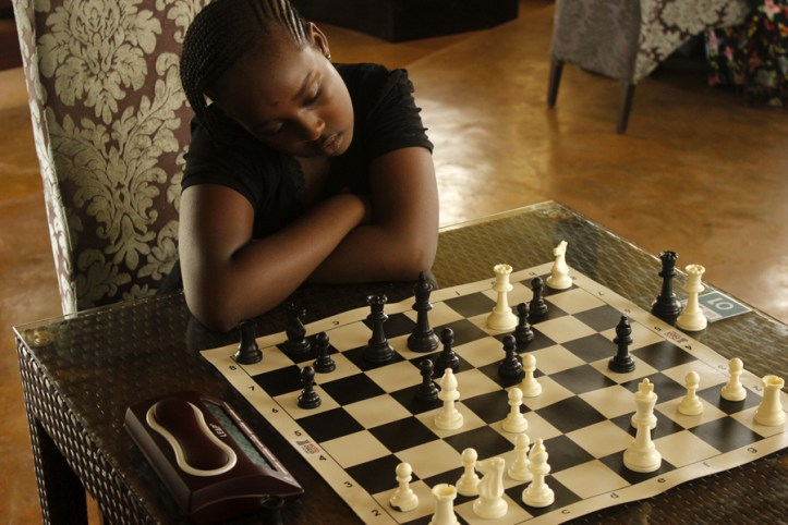 Charity Mumbi, a junior player from Nyeri, considers her next move / Photo by Paras Gudka