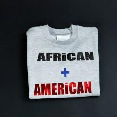 African + American Pull à col ras du cou pré-rétréci Bleu – Unisexe