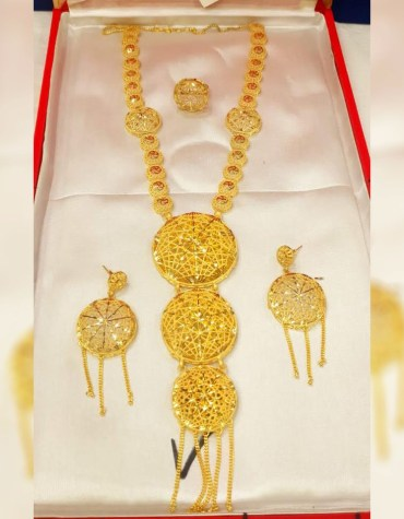 Stylist African Beautiful Necklace and Earrings Jewellery Set For Women party