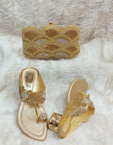 African Golden & Silver Beaded Hand Bag & Pearl Shoe Combo Pack For Women