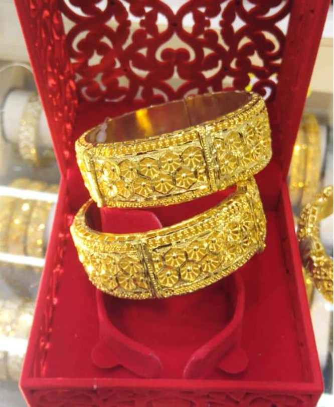 Arabic Style Elegant Bangles Party Wear Jewelry For Women