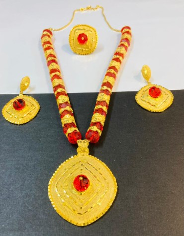 New Elegant & Trendy Unique Designer Necklace Set African Jewelry For Women