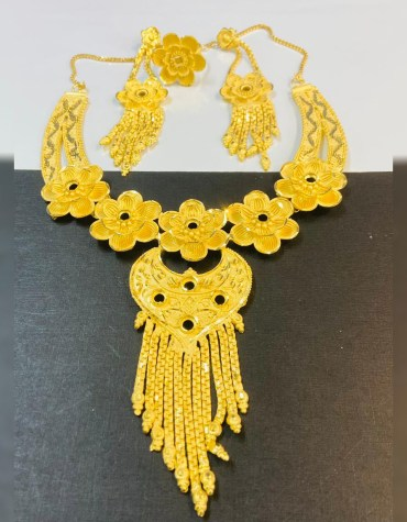 New Stunning Floral Designer Necklace Set Gold Platted Party & Wedding Jewellery For Women
