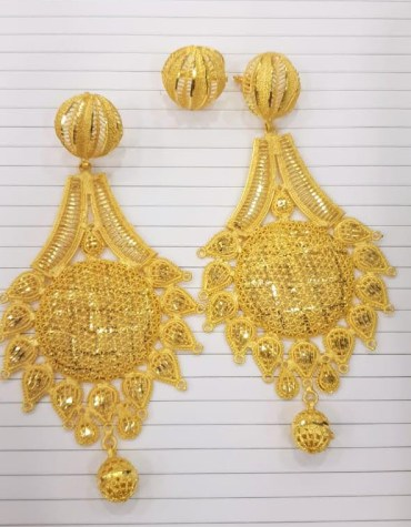 New Latest Golden Earring & Finger Ring Designer Earring Set For Wedding & Party Set For Women