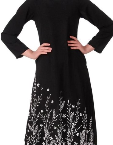 Summer Daily Wear stylish Black Embroided beautiful Tunic kurti for women