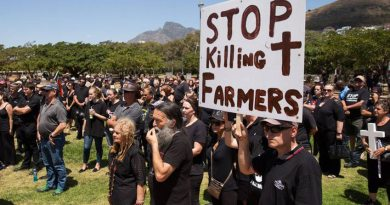 EXCELLENT: S.Africa: Farm attack, whites fight back wound two attackers & one captured!