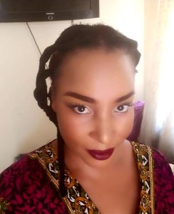 Africanfinestmums - How to do a busy glam mum makeup