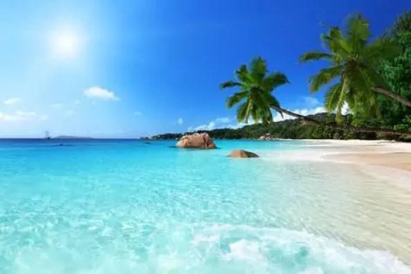 praslin in seychelles