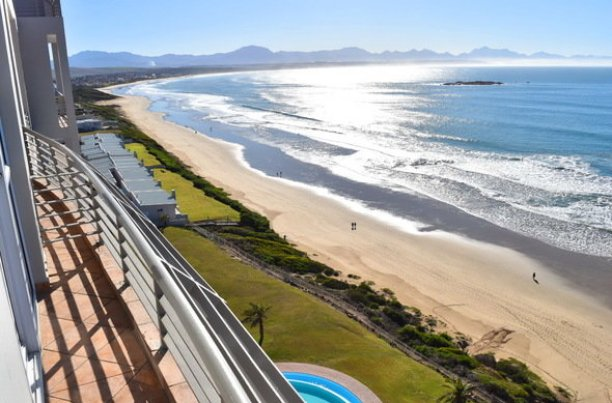 santos beach south africa